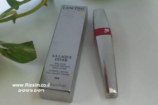 שפתון נוזלי עמיד LA LAQUE FEVER של לנקום בגוון 104 - Simply Red