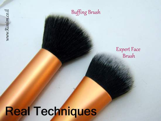 Real Techniques Expert Face Brush VS the buffing brush