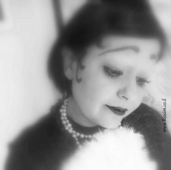 betty boop or cilent movie actress makeup