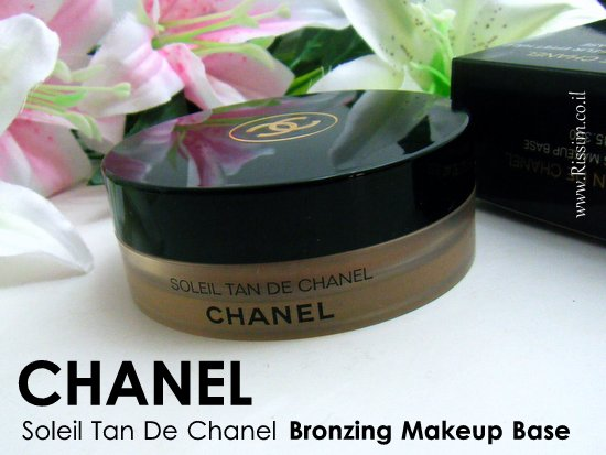 CHANEL Soleil Tan De Chanel Bronzing Makeup Base 1