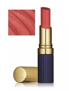 Estee Lauder Double Wear lipstick in Stay Coral. שפתון קורל עמיד של אסתי לאודר