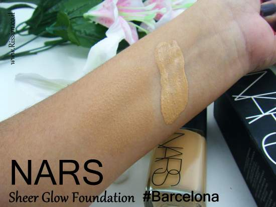 NARS Sheer Glow Foundation #Barcelona swatches