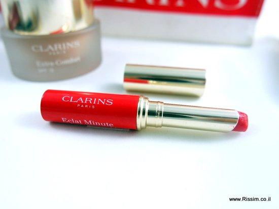שפתון מטפח של קלרינס